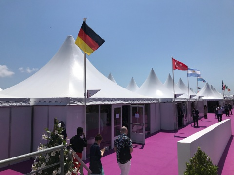 "Der ""German Pavilion"" im Village International auf dem Marché du Film"